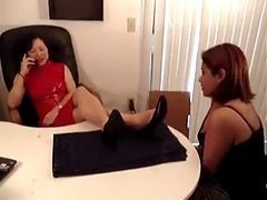 Korean Boss Get Feet-worship