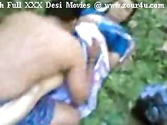 Indian Mallu Aunty Fucking Outdoor On Picnic