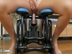 Ultra Sexy Asian Testing Realy Huge Toy