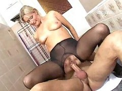 Mature Fun In Pantyhose