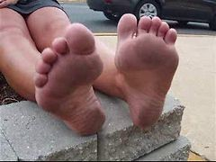Donnas Dirty Feet (extra Long Clip)
