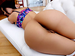 Tia Cyrus in Titty-Fucked Yoga Goddess - LatinaSexTapes