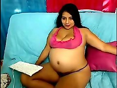 cute and pretty pregnant indian webcam babe chatting with her fans