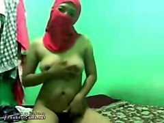 real egypt arabian wife in hijab caught fucking hard on webcam