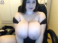 ultra rare the biggest natural boobs amateur