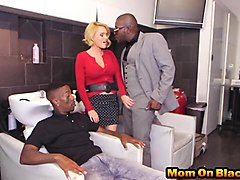 Slutty blonde mom gets double penetrated