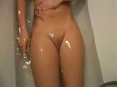 exgirlfriend shaving and finger her pussy