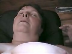 dark haired chubby mature slut provided her man with a stout blowjob