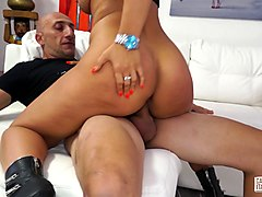 casting alla italiana - first time anal with italian brunette newbie fucke by omar galanti
