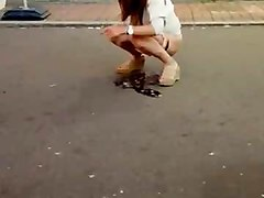 korean girl pee in the street