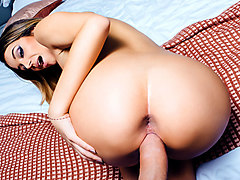 Cara Saint Germain & Keiran Lee in New In Town - DigitalPlayground