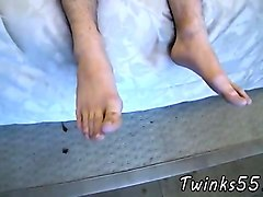 gay foot fetish porn photo galleries a toe sucking solo boy!