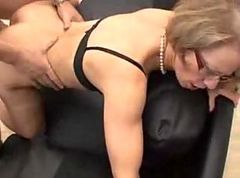 mature milf get a dreamfuck fisted and anal