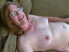 hairy granny prefers teasing in front of webcam naked and starts playing with her favorite dildo