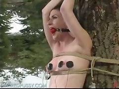 Freaky Outdoor Electro Play Fucked Up